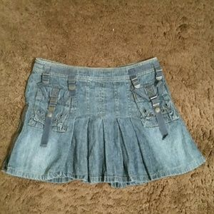 Lei denim pleated detailed mini skirt, Sz 5